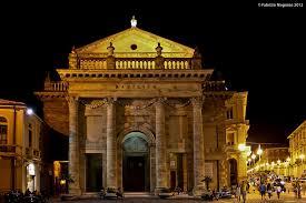 Lanciano Basilica Madonne del Ponte di notte