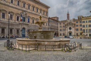 palazzo-piazza-farnese-roma-696x464
